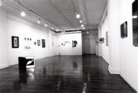 DE LA PHOTOGRAPHIE ENCAN BÉNÉFICE © Exposition De la photographie, Galerie B-312, 1997, Crédit Photo: Miroslav Ménard.